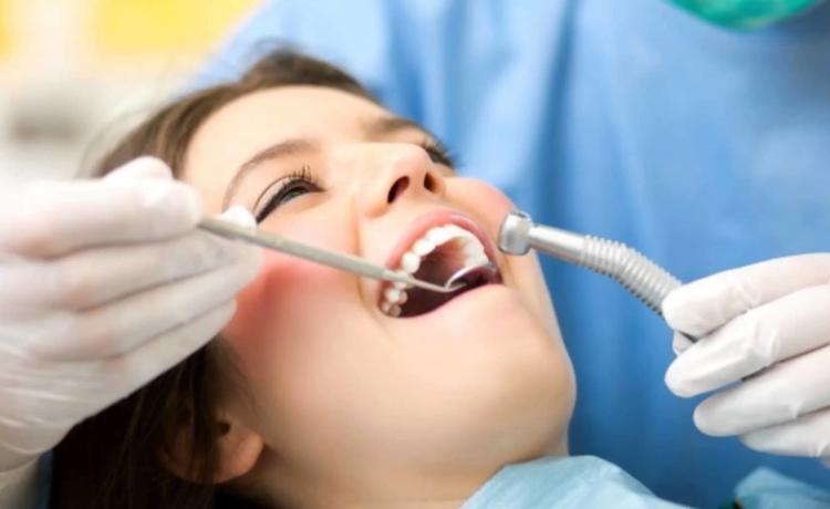 تصویر از رابطه بین ریزش مو و پوسیدگی دندان