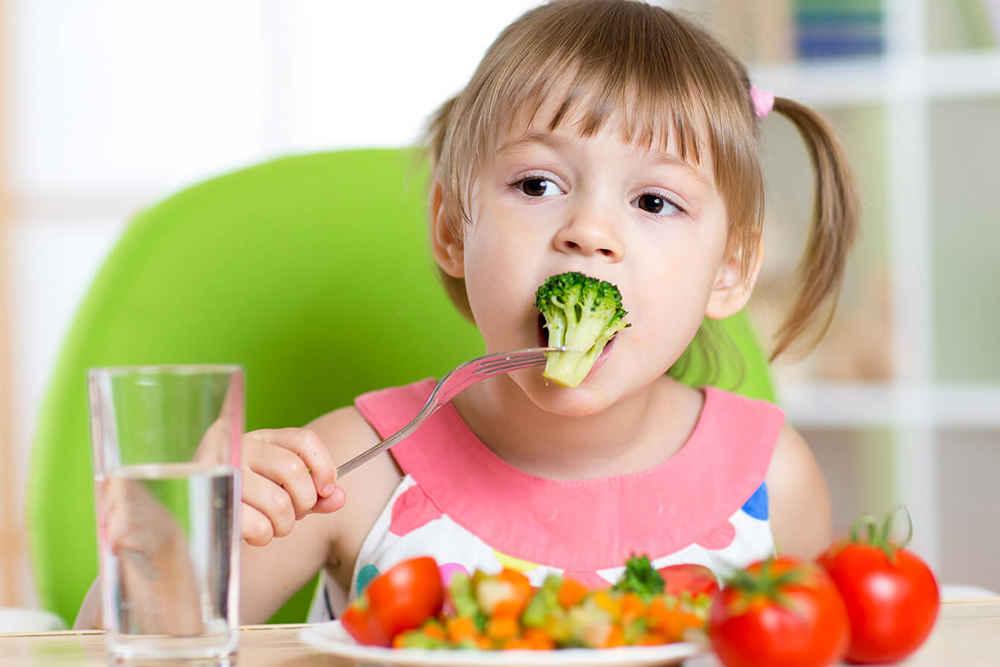 تصویر از برنامه غذایی کودکان