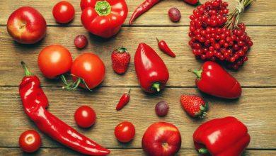 میوه و سبزیجات قرمز رنگ